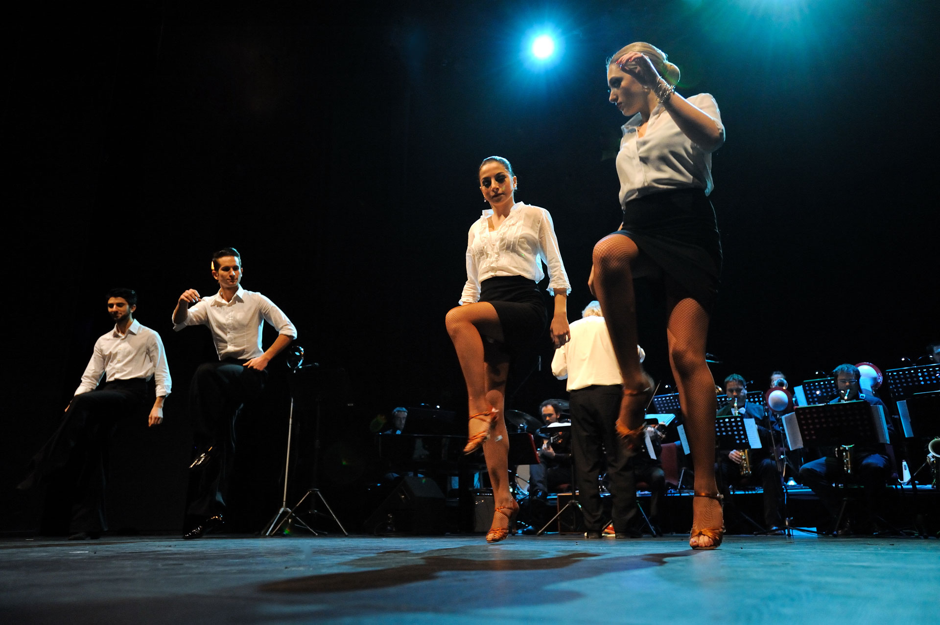 Martina-Gamboz-Interakta-Kultura_Happy-feet-Foto-Igor-Opassi_ballerine